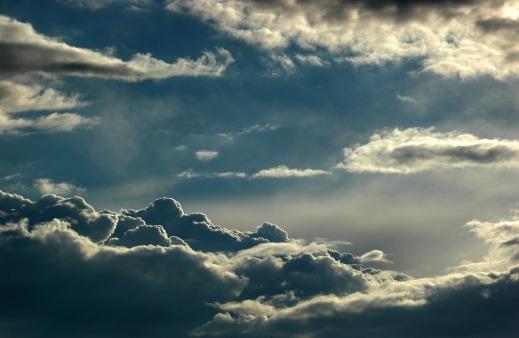 clouds-1236768_1280
